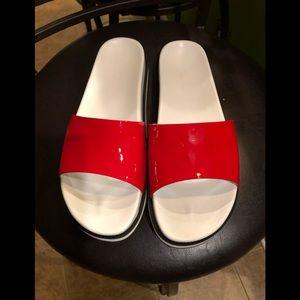 Moncler flip flop sandals